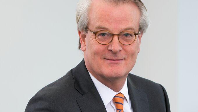 Der langjährige Geschäftsführer, Frits Baron van Dedem, hat zum 01.07.2015 seine Aufgaben an Robert Nürnberger übergeben.