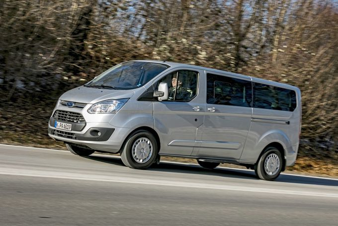 Ford Tourneo Costom