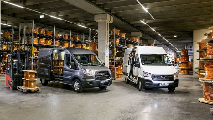 Hyundai H350, Ford Transit FT350
