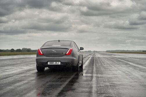 Jaguar XJR575 2017