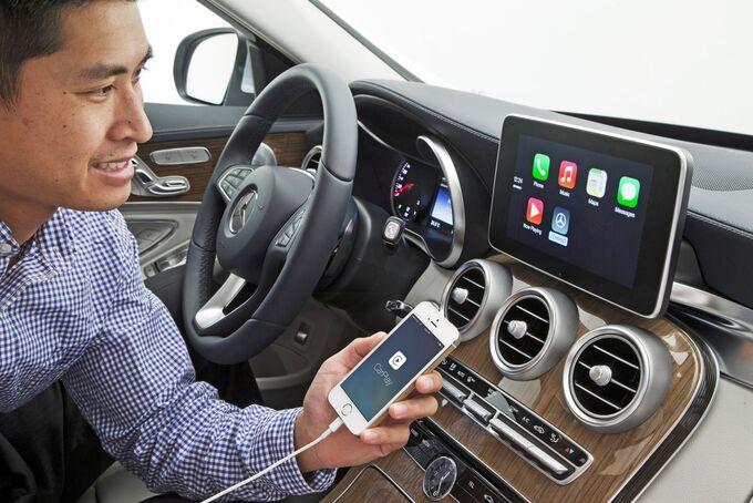 Mercedes-Benz - Apple quot;CarPlayquot;