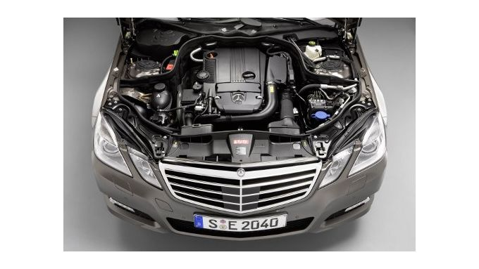 Mercedes-Benz bringt Sparmotor