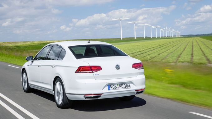 VW Passat GTE