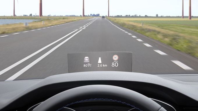 VW Passat Head-up Display