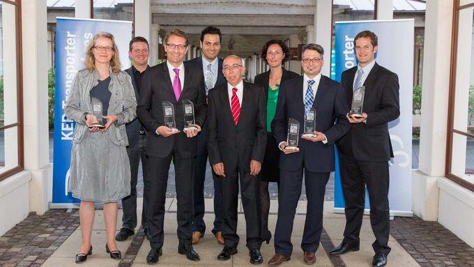 Vertreter der Siegerfahrzeuge bei KEP-Transporter des Jahres 2013