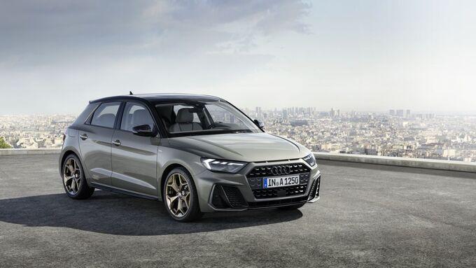 Audi A1 2018, grau, schräg, vorne, rechts