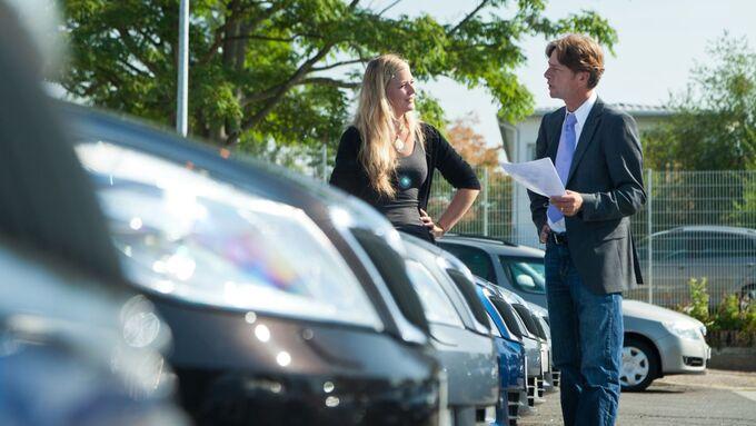 Autokauf Autohaus Gebrauchtwagen