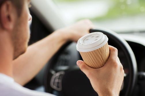 Fahrer, Kaffee, trinken, am, steuer,