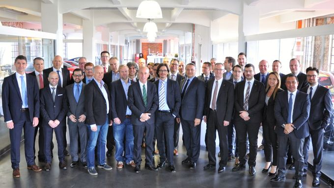 Gruppenbild FCA Germany
