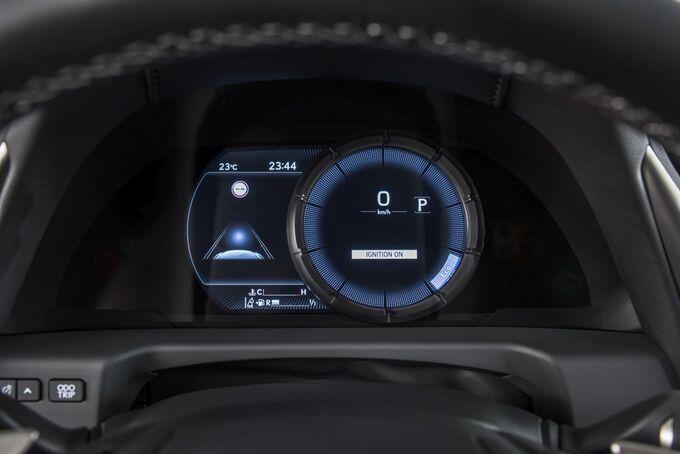 Lexus ES 2019, Instrumente,