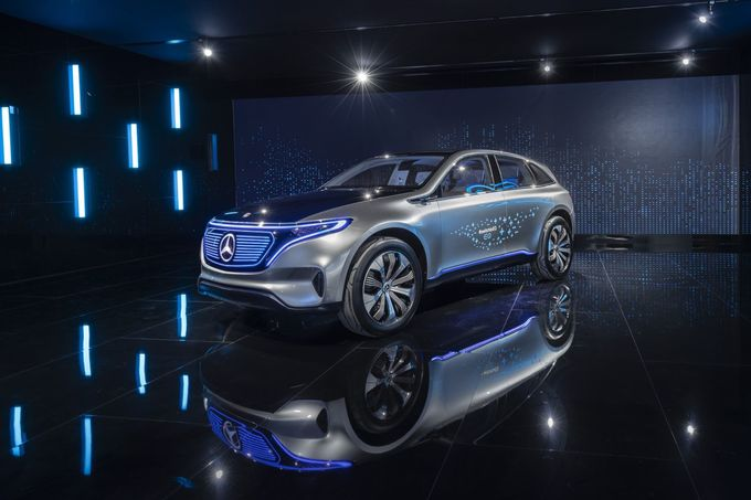 Mercedes Elektro SUV EQ C