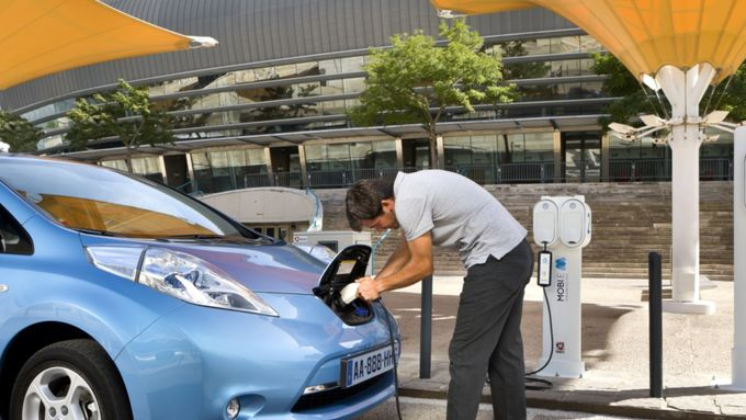 Nissan, Batterie
