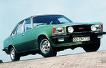 Opel Rekord D, Commodore